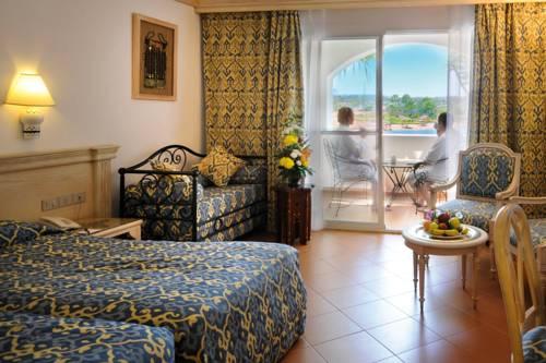 hotel Domina King's Lake Hotel & Resort
