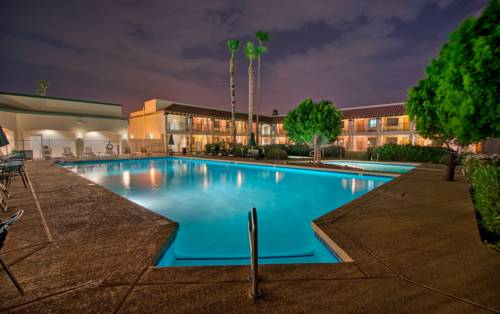 hotel Days Inn and Suites Scottsdale