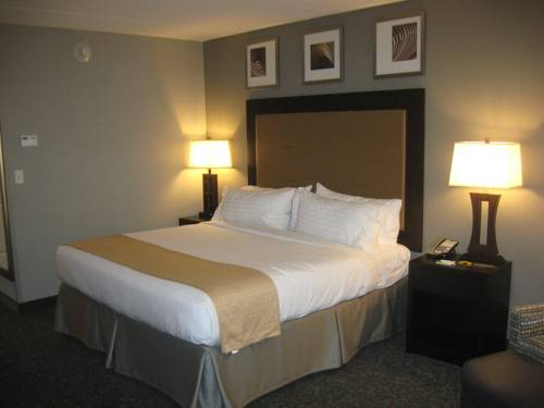 hotel Holiday Inn and Suites East Peoria
