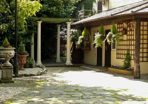hotel Tudor Oaks Lodge