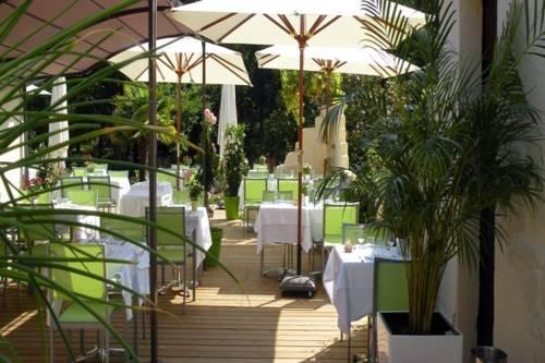 hotel Logis Le Pont Bernet