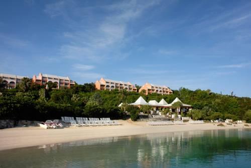 hotel Grotto Bay Beach Resort