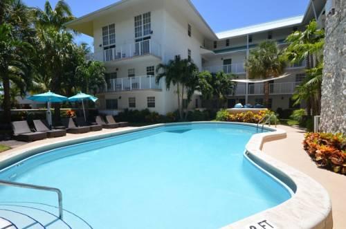 hotel Suites at Coral Reef Resort