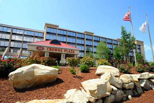hotel Crowne Plaza Cleveland Airport