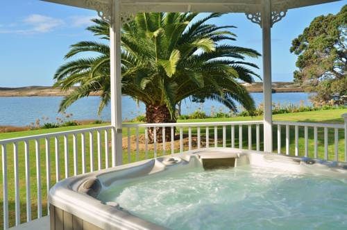 hotel Bream Bay Lodge Waipu Cove