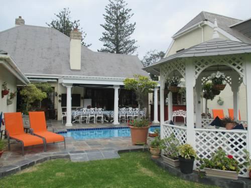 hotel Mulligans Guest Lodge