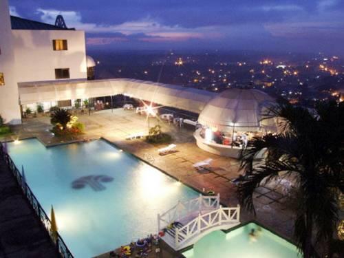 hotel Pryce Plaza Hotel