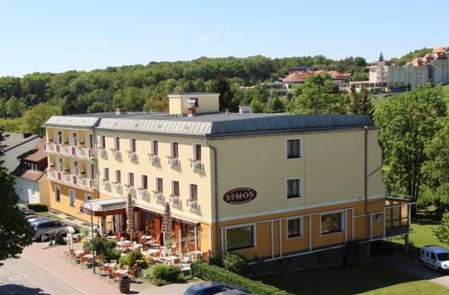 hotel Simon - Hotel & Café