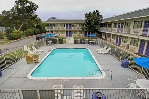 hotel Motel 6 San Marcos