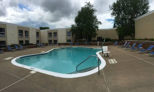 hotel Holiday Inn Utica
