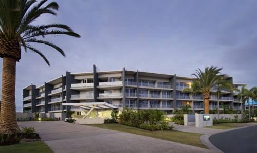 hotel Azzura Greens Resort