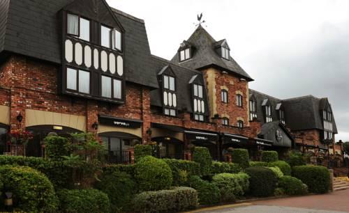 hotel Village Hotel Wirral