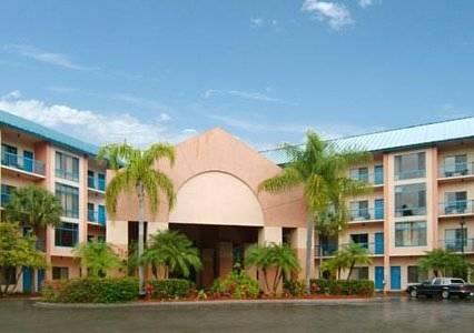 hotel Comfort Inn & Executive Suites Naples