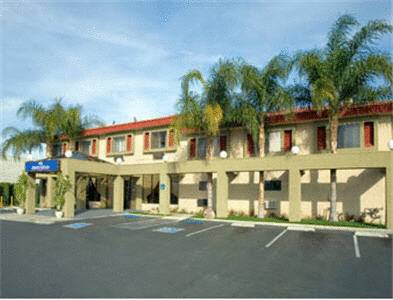 hotel Howard Johnson Inn & Suites Reseda