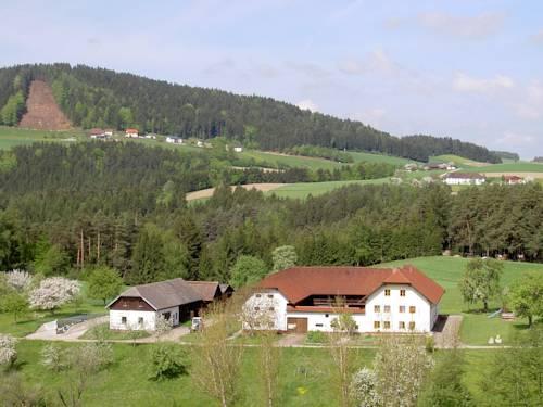hotel Urlaub am Bauernhof Wenigeder - Familie Klopf