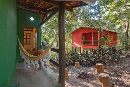 hotel Chalés do Beto em Macacos