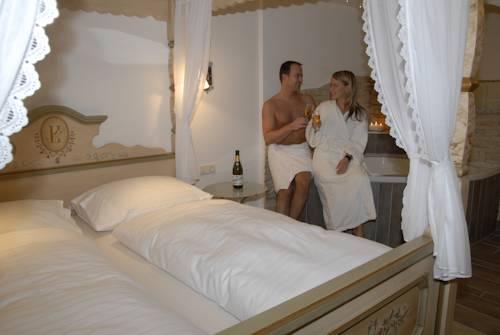 hotel Landhotel Hubengut Bed and Breakfast