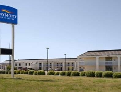 hotel Baymont Inn & Suites Hays