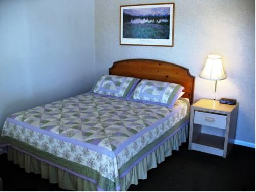hotel Golden West Motel