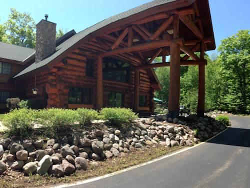 hotel Konkapot Lodge
