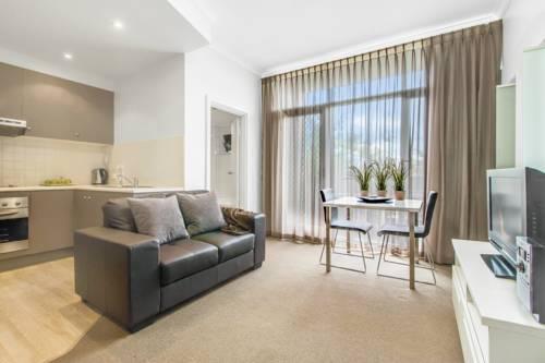 hotel Adelaide DressCircle Apartments - Ward Street