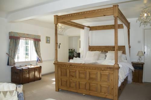 hotel Newton Farmhouse