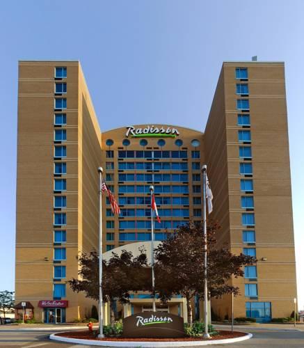 hotel Radisson Suites Hotel Toronto Airport