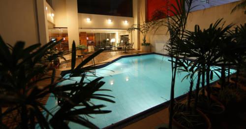 hotel Convair Hotel