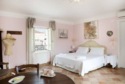 hotel La Mela Reale Bed And Breakfast