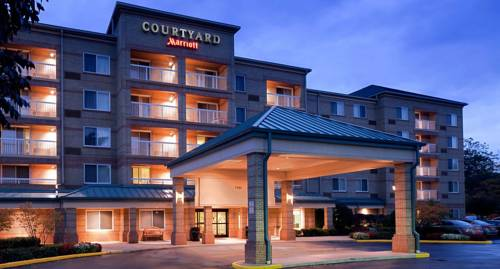 hotel Courtyard Cleveland Airport South