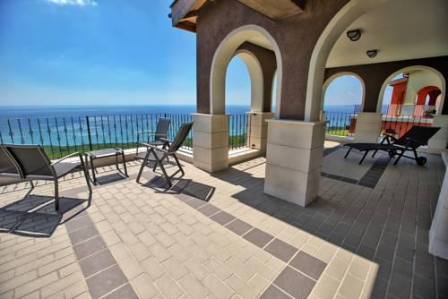 hotel Lighthouse Luxe Estate Apart & Villas