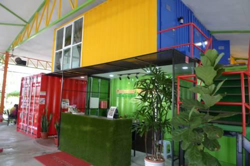 hotel Container Gardenstay