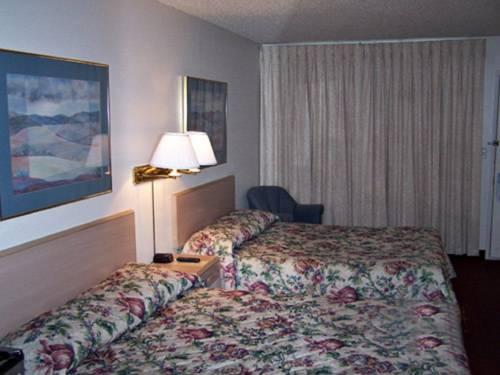 hotel Three Rivers Inn
