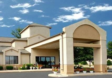 hotel Rodeway Inn Mukwonago Near Alpine Valley