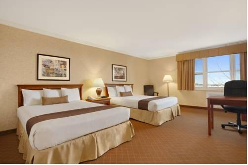 hotel Camarillo Executive Inn & Suites