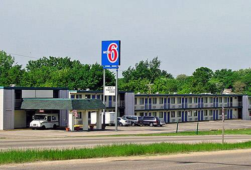 hotel Motel 6 Dubuque