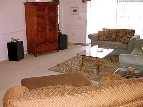 hotel Magnolia Pointe 205-4879
