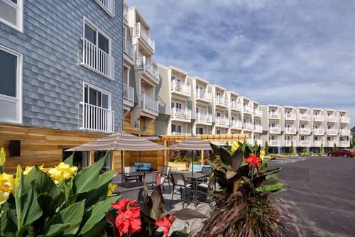 hotel Rockland Harbor Hotel