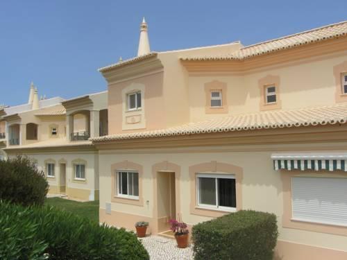 hotel Fairviews Villa on Boavista Golf Resort