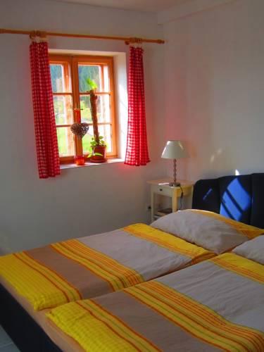 hotel Ferienwohnungen Bonnleiten