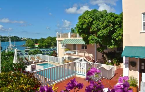 hotel Poinsettia Villa Apartments