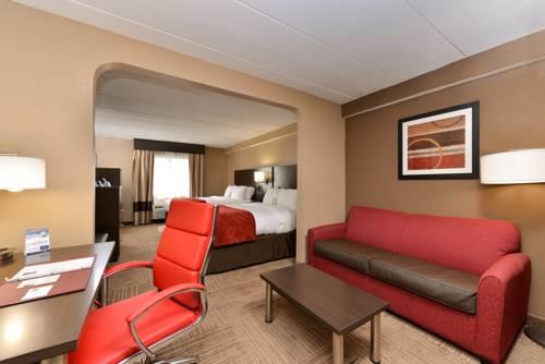 hotel Comfort Suites East