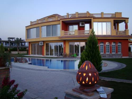 hotel Ofok Luxury Villa