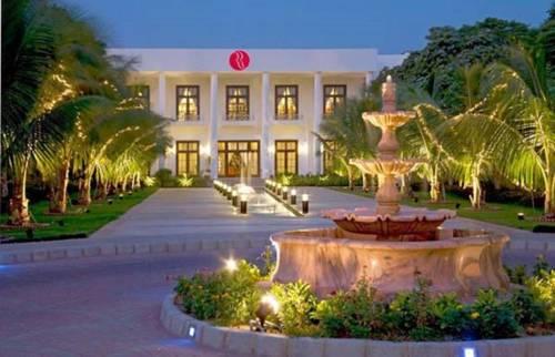 hotel Ramada Plaza Karachi