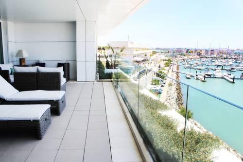 hotel Suites Puerto Sherry