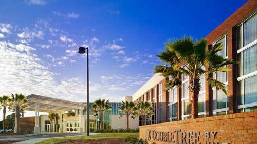 hotel DoubleTree Hotel & Suites Charleston Airport