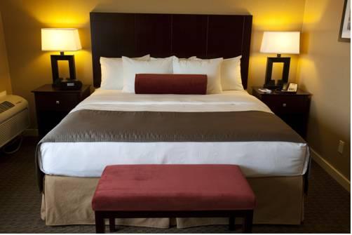 hotel Celilo Inn
