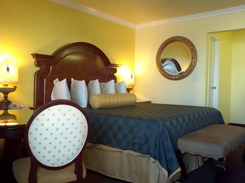 hotel Desert Mirage Inn & Suites