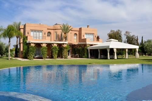 hotel Villa Dinari