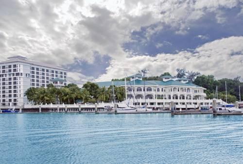 hotel Avillion Admiral Cove